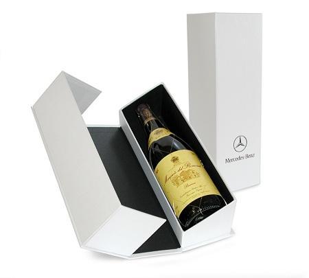 in hộp đựng rượu vang